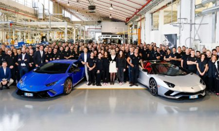 Lamborghini-rolls-out-7,000th-Aventador-and-9,000-Huracan