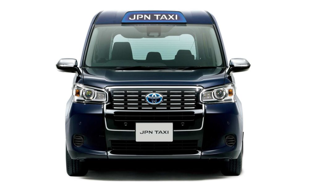 Toyota-JPN-Taxi_2