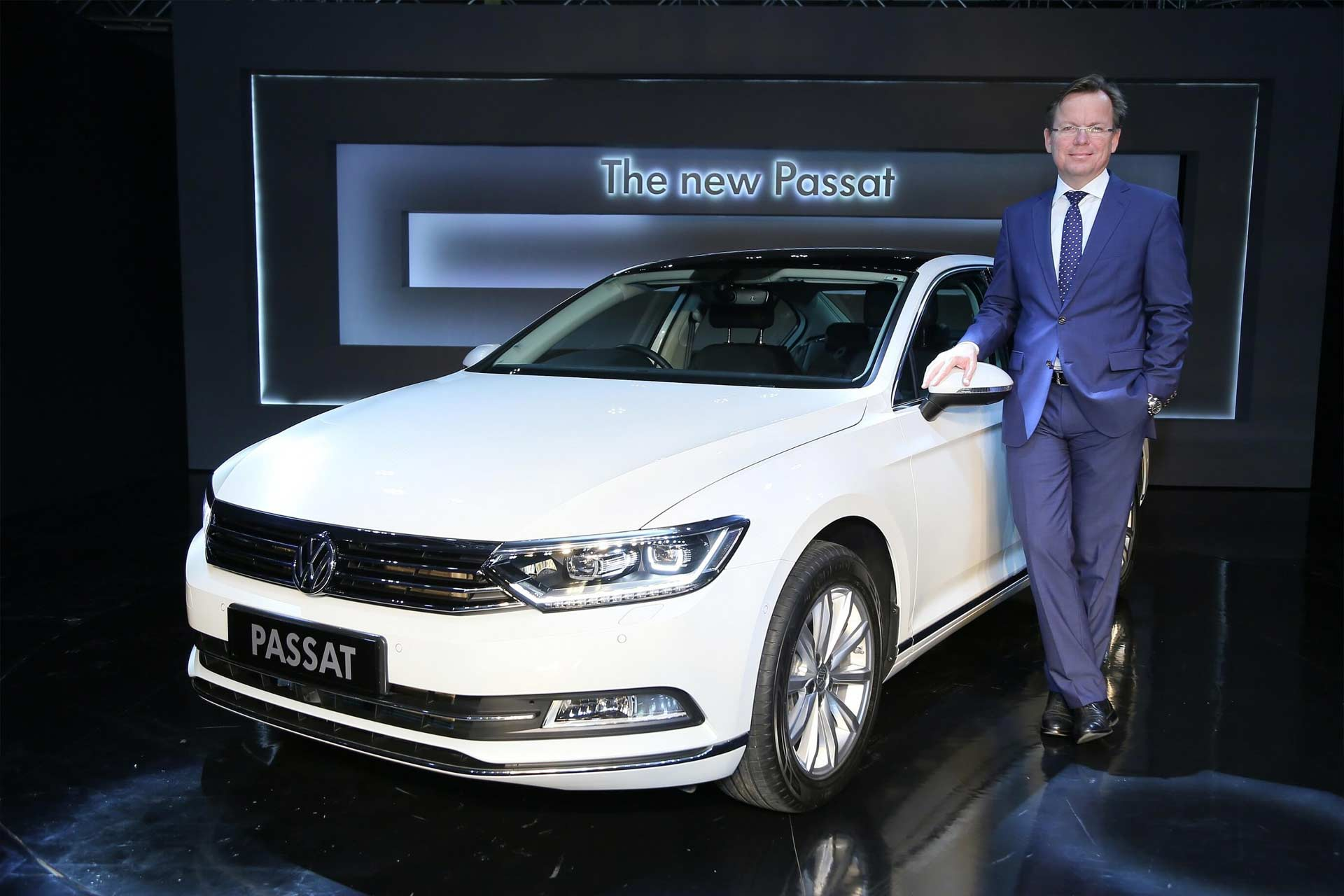Volkswagen-Passat-launched-India