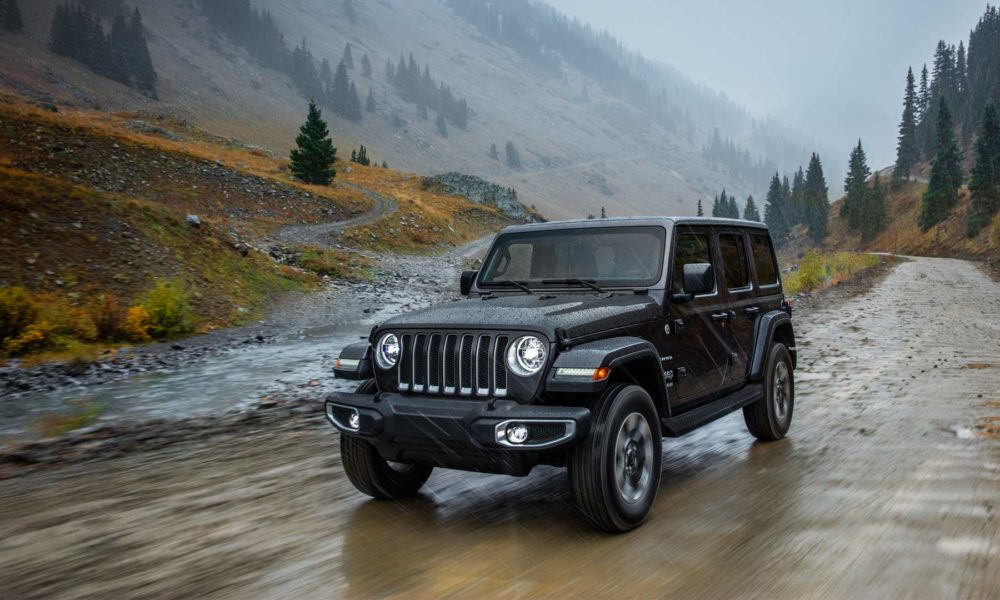 2018-Jeep-Wrangler-Sahara_2