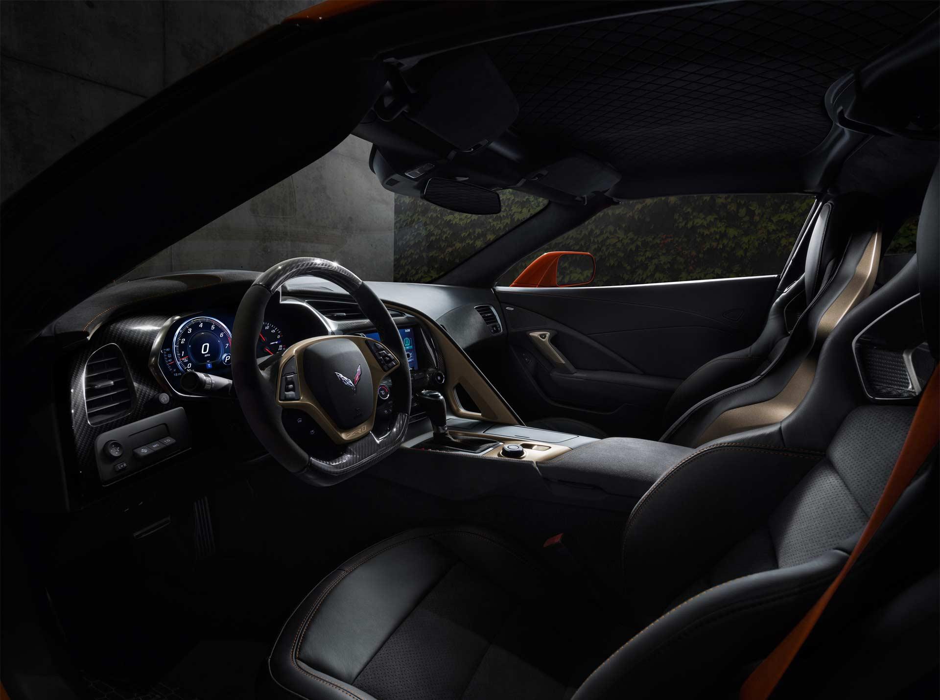 2019-Chevrolet-Corvette-ZR1-interior