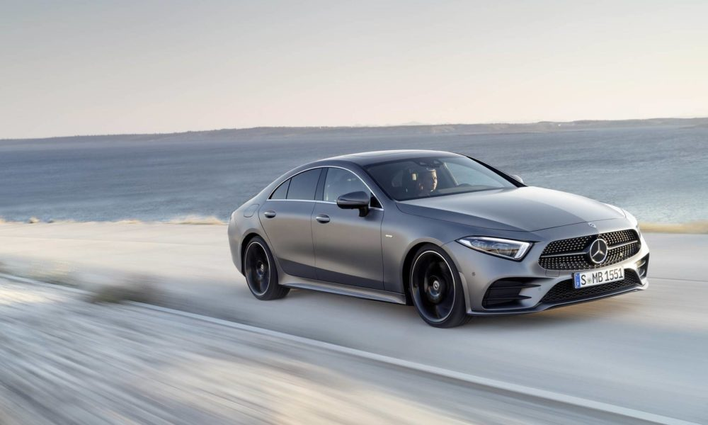 3rd gen mercedes benz cls debuts with sensual lines for Mercedes benz support number