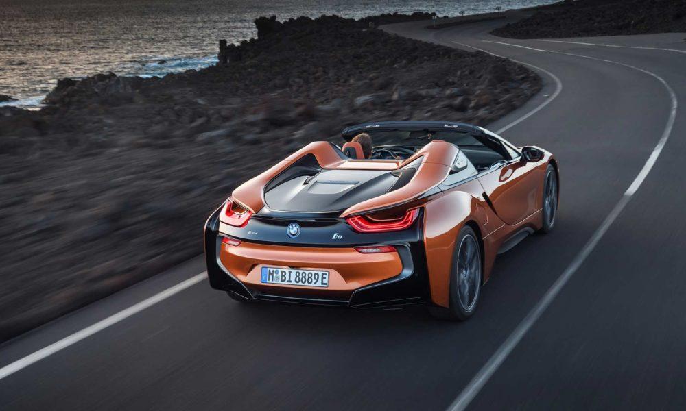 2018-BMW-i8-Roadster_2