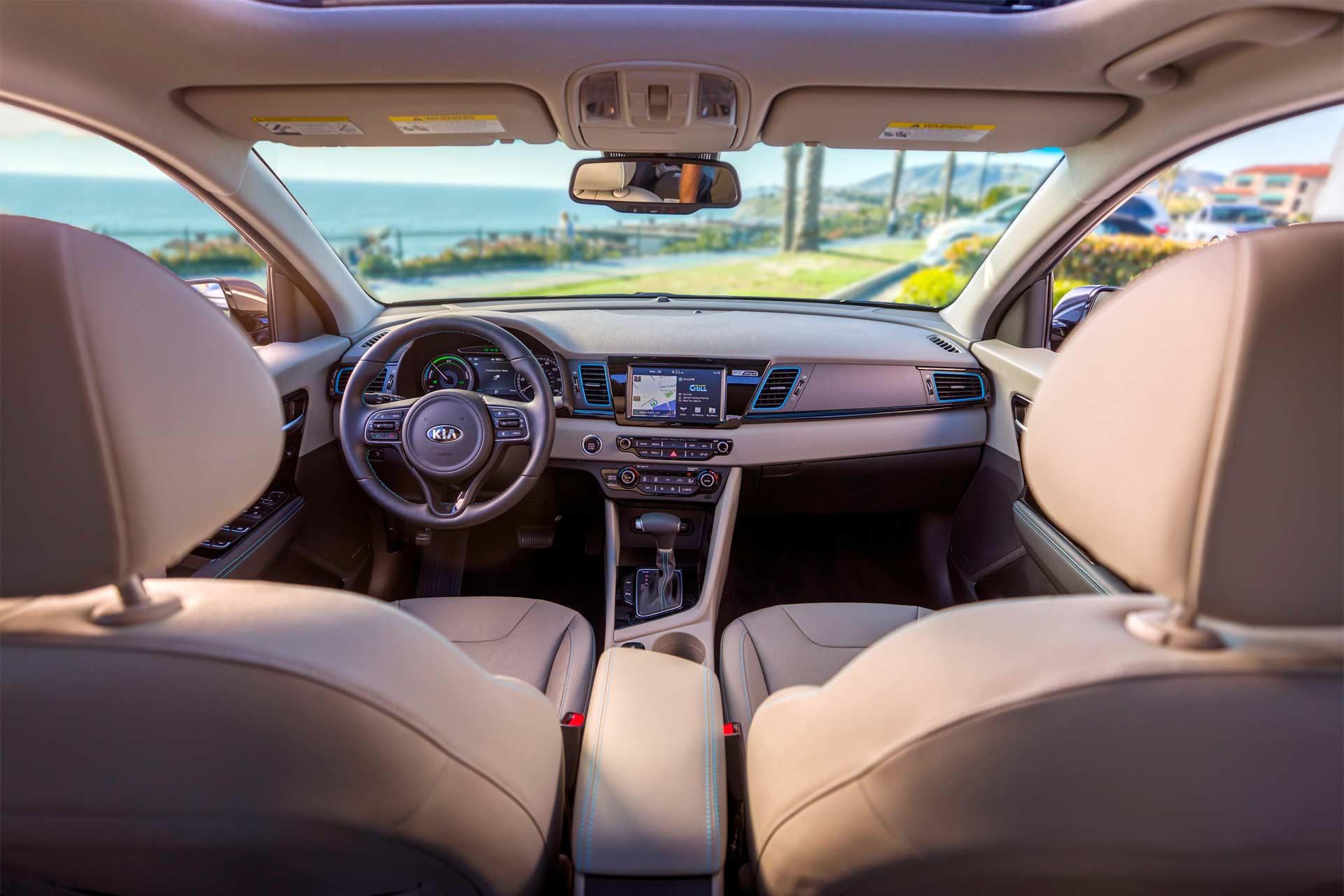 2018-Kia-Niro-Plug-In-Hybrid-interior
