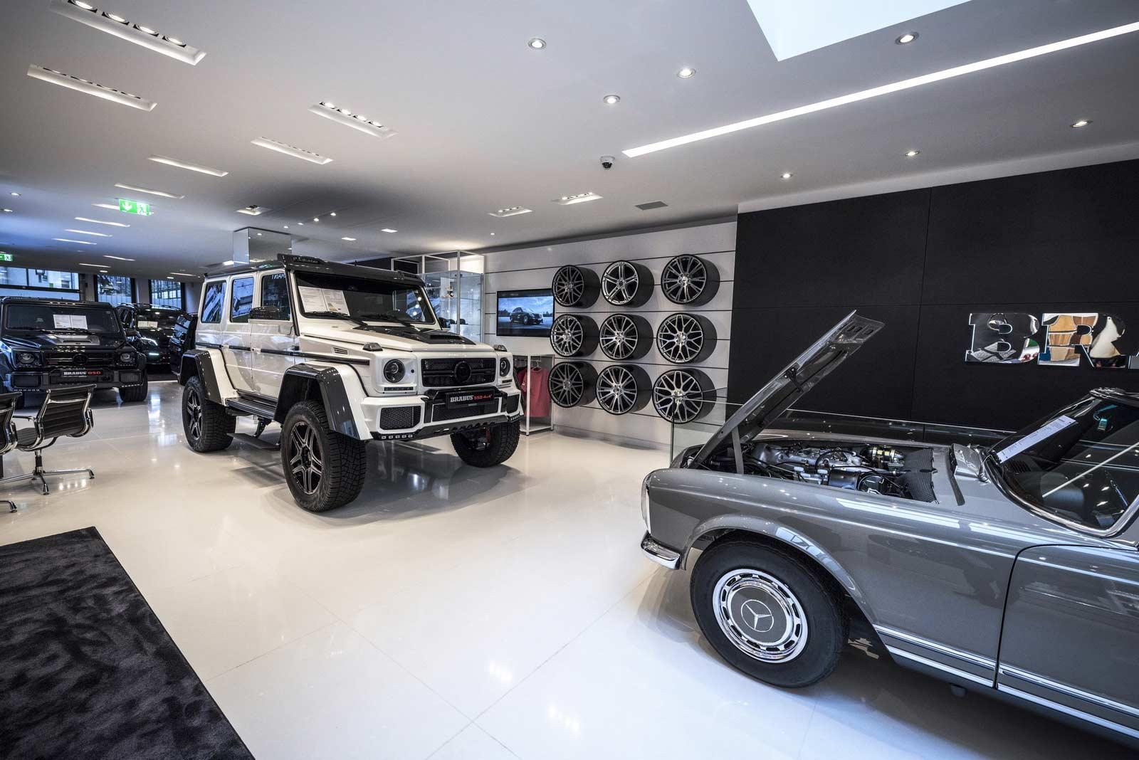Brabus-Sunseeker-flagship-store-Dusseldorf_5