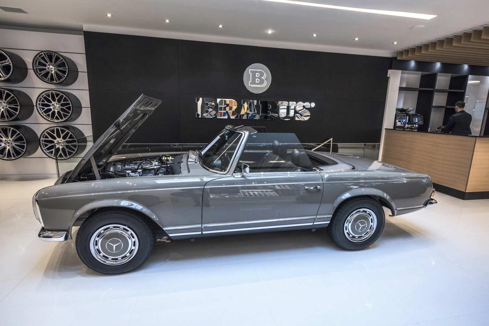 Brabus-Sunseeker-flagship-store-Dusseldorf_6