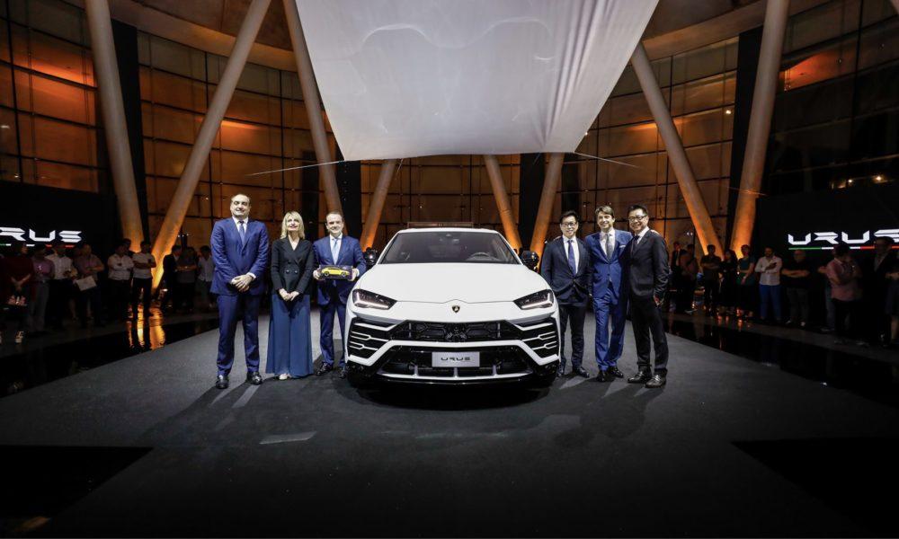 Lamborghini-Urus-Singapore-Debut