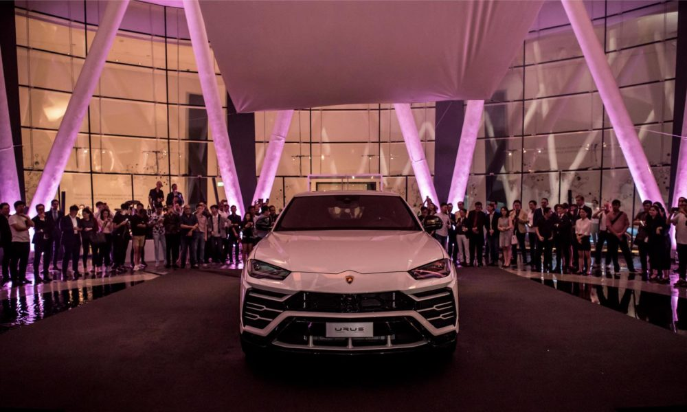 Lamborghini-Urus-Singapore-Debut_3