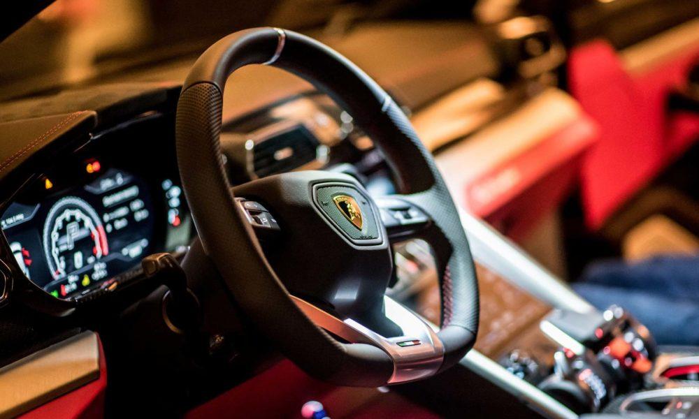 Lamborghini-Urus-Singapore-Debut_5
