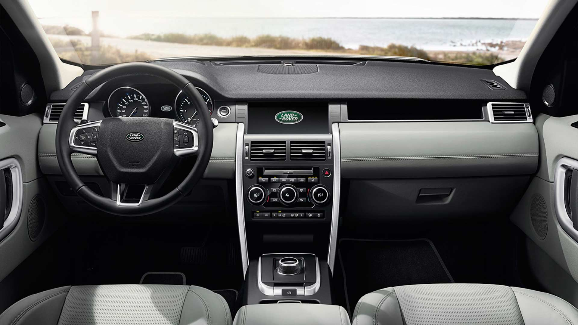 Land-Rover-Discovery-Sport-India-interior