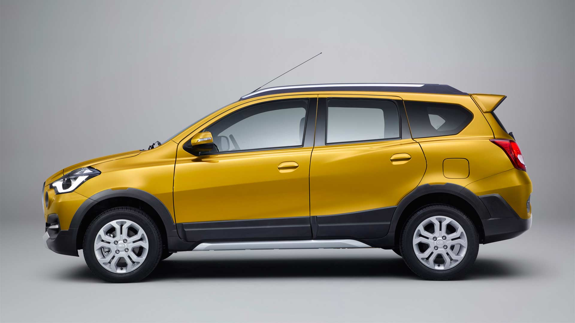 2018-Datsun-Cross_5
