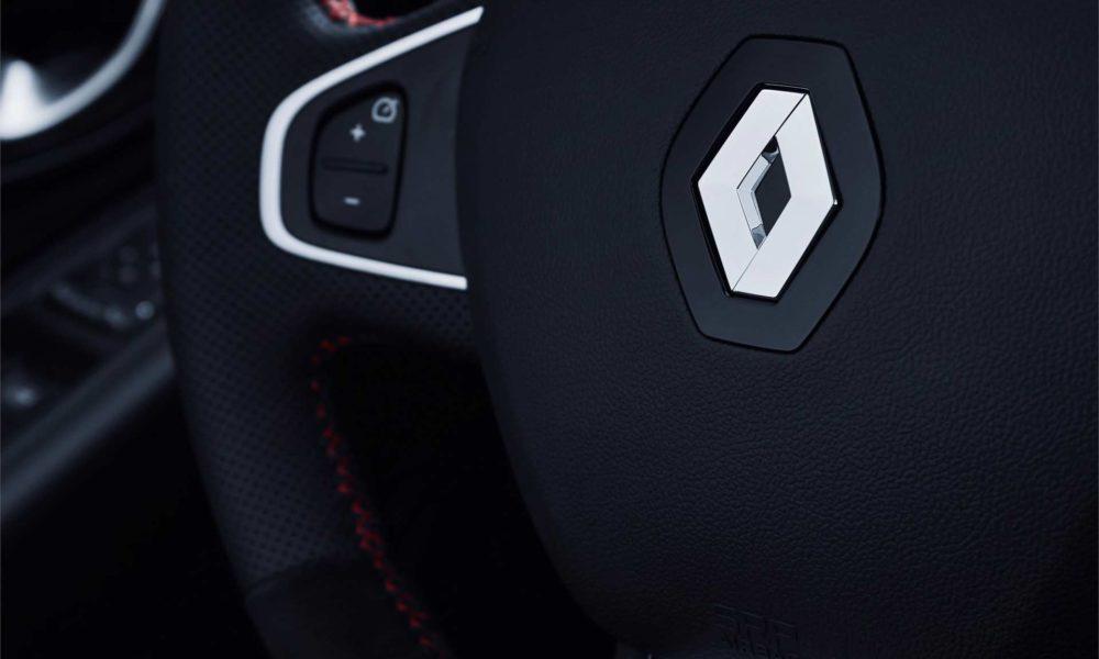 2018-Renault-Clio-R.S.-18-interior_3