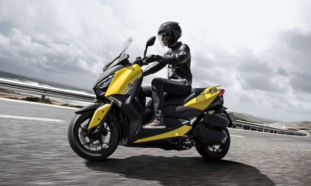 2018-Yamaha-XMAX_3