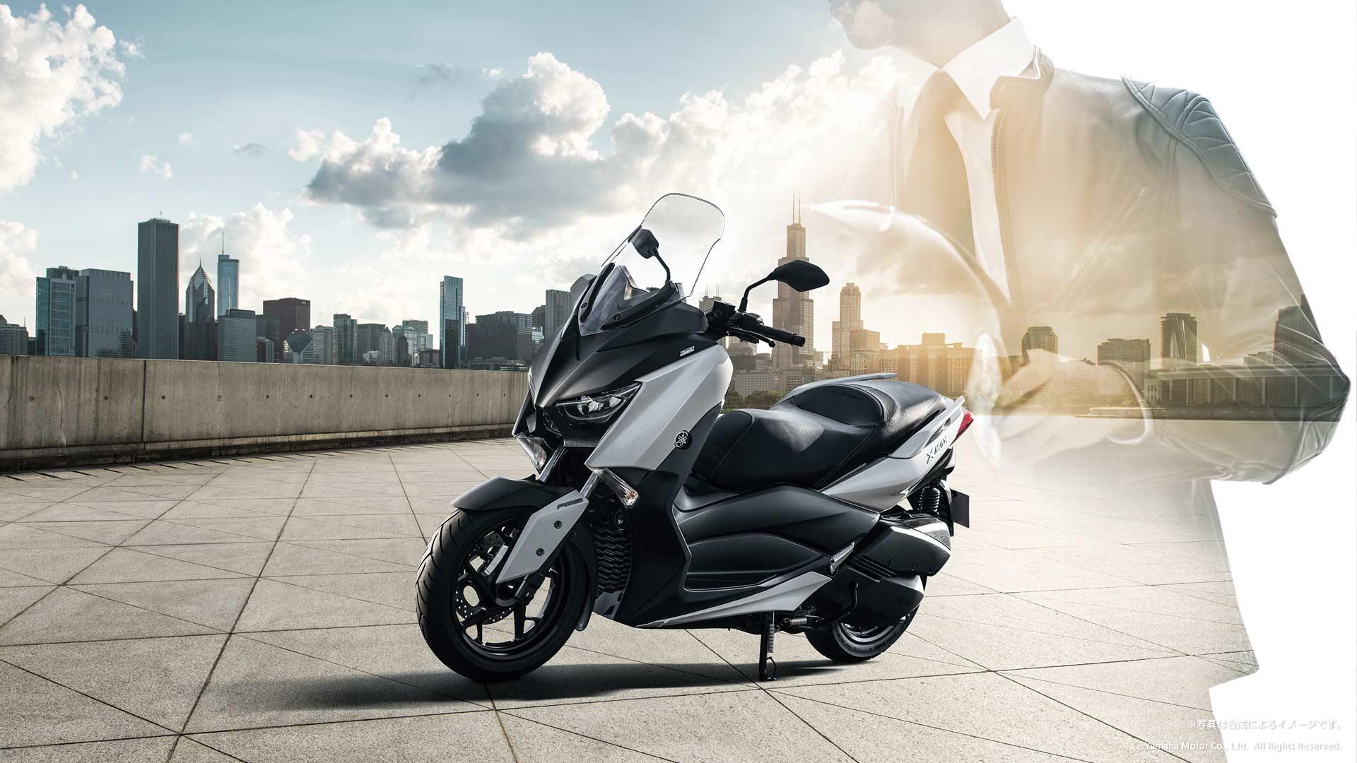 2018-Yamaha-XMAX_5
