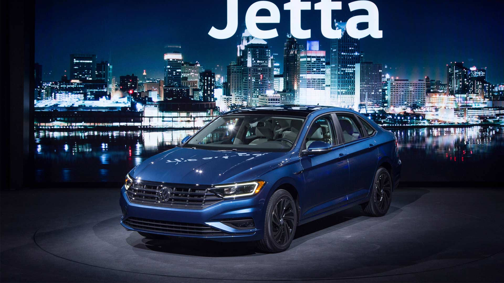 2019-7th-Generation-Volkswagen-Jetta_3