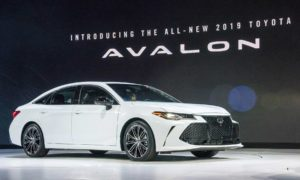 2019-Toyota-Avalon