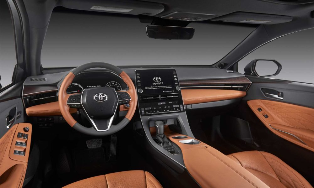 2019 toyota avalon unveiled in detroit autodevot. Black Bedroom Furniture Sets. Home Design Ideas