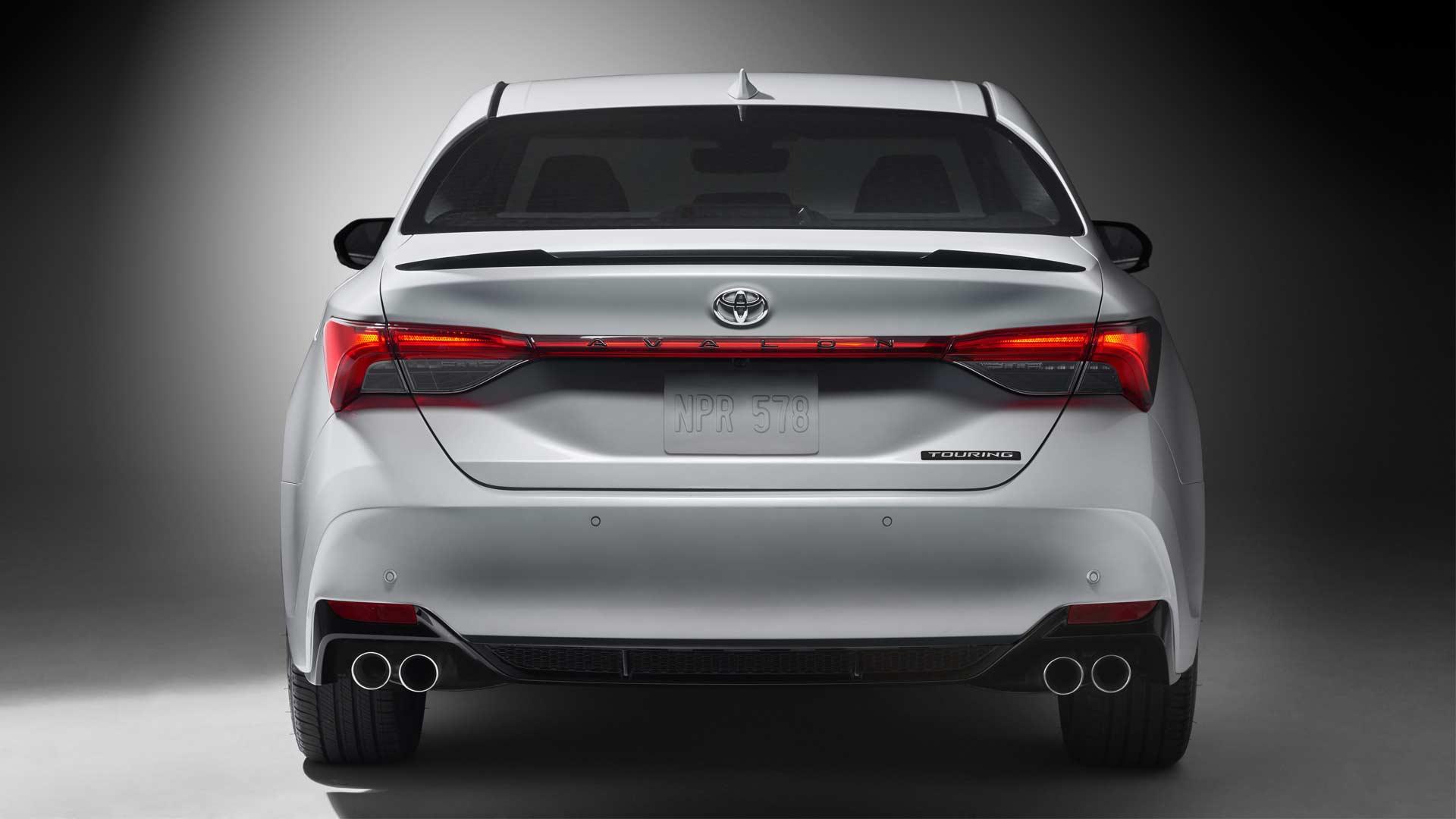 2019 Toyota Avalon Unveiled In Detroit Autodevot