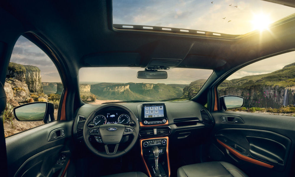 Ford-EcoSport-Storm-interior_2