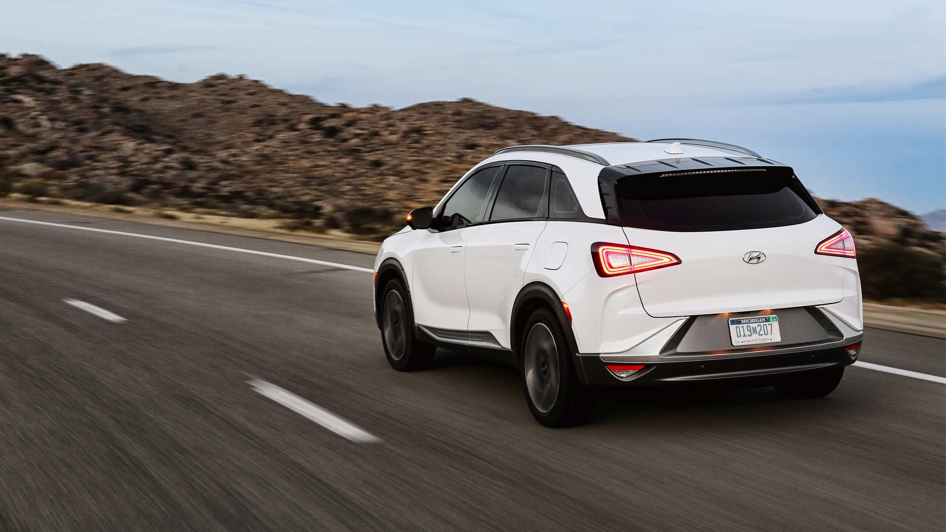 Hyundai-NEXO-Fuel-Cell_2