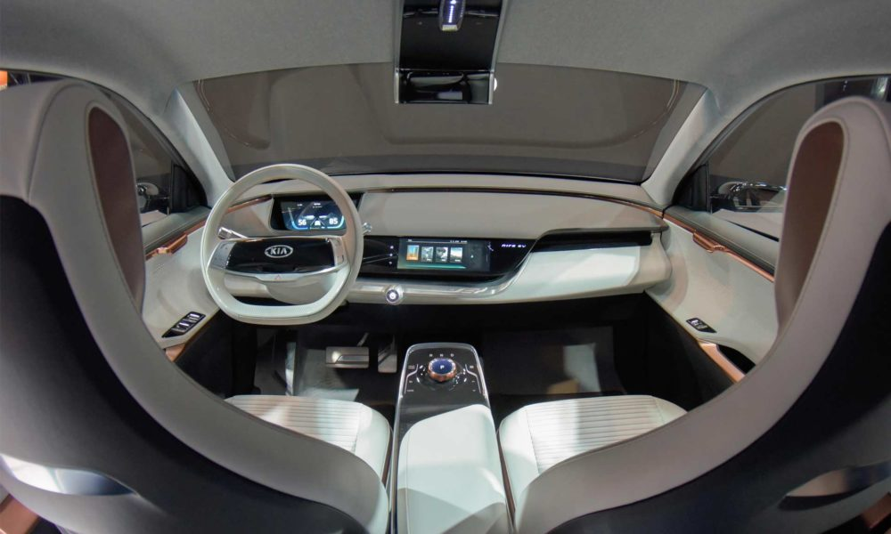Kia electrifies the ces 2018 with niro ev autodevot - Kia niro interior ...