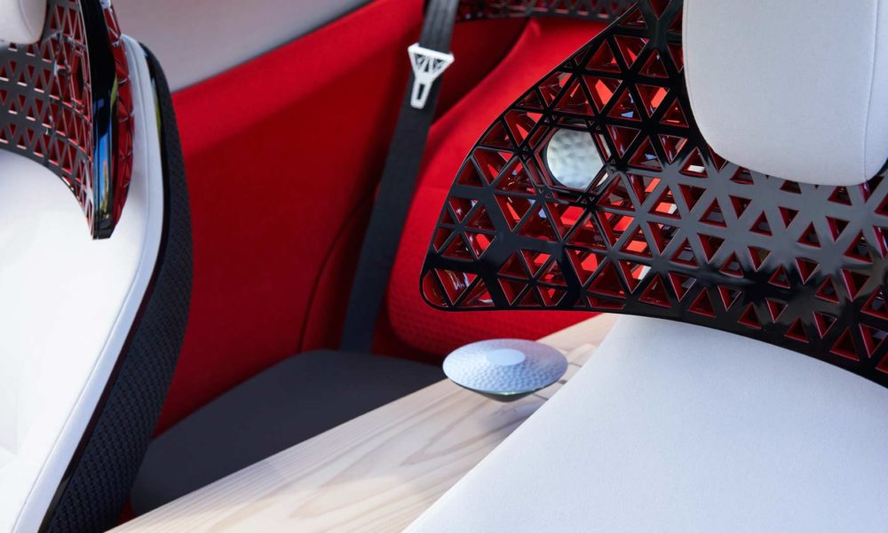 Nissan-Xmotion-Concept-interior-floating-commander