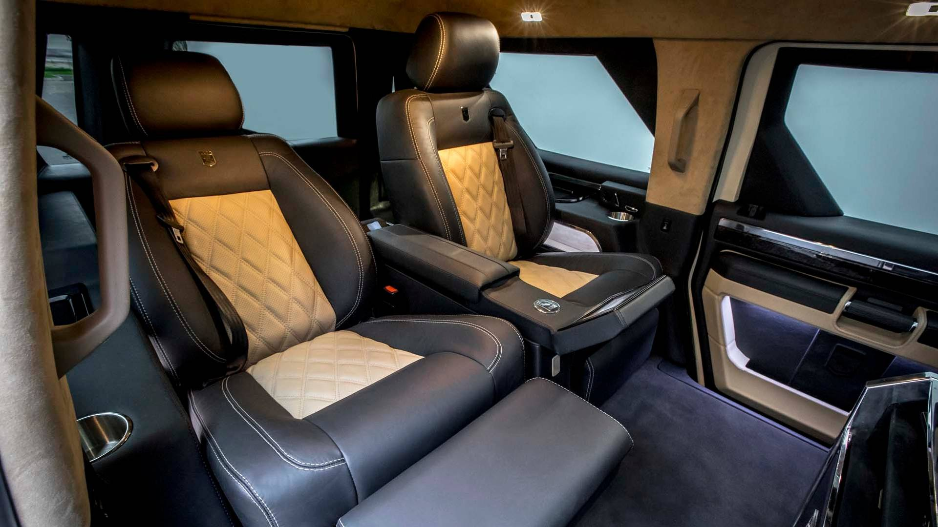 Rhino Gx Executive Gets First Class Entertainment With 40