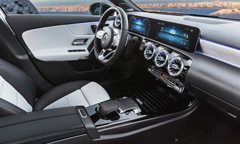 2018 4th generation Mercedes-Benz A-Class Interior_3