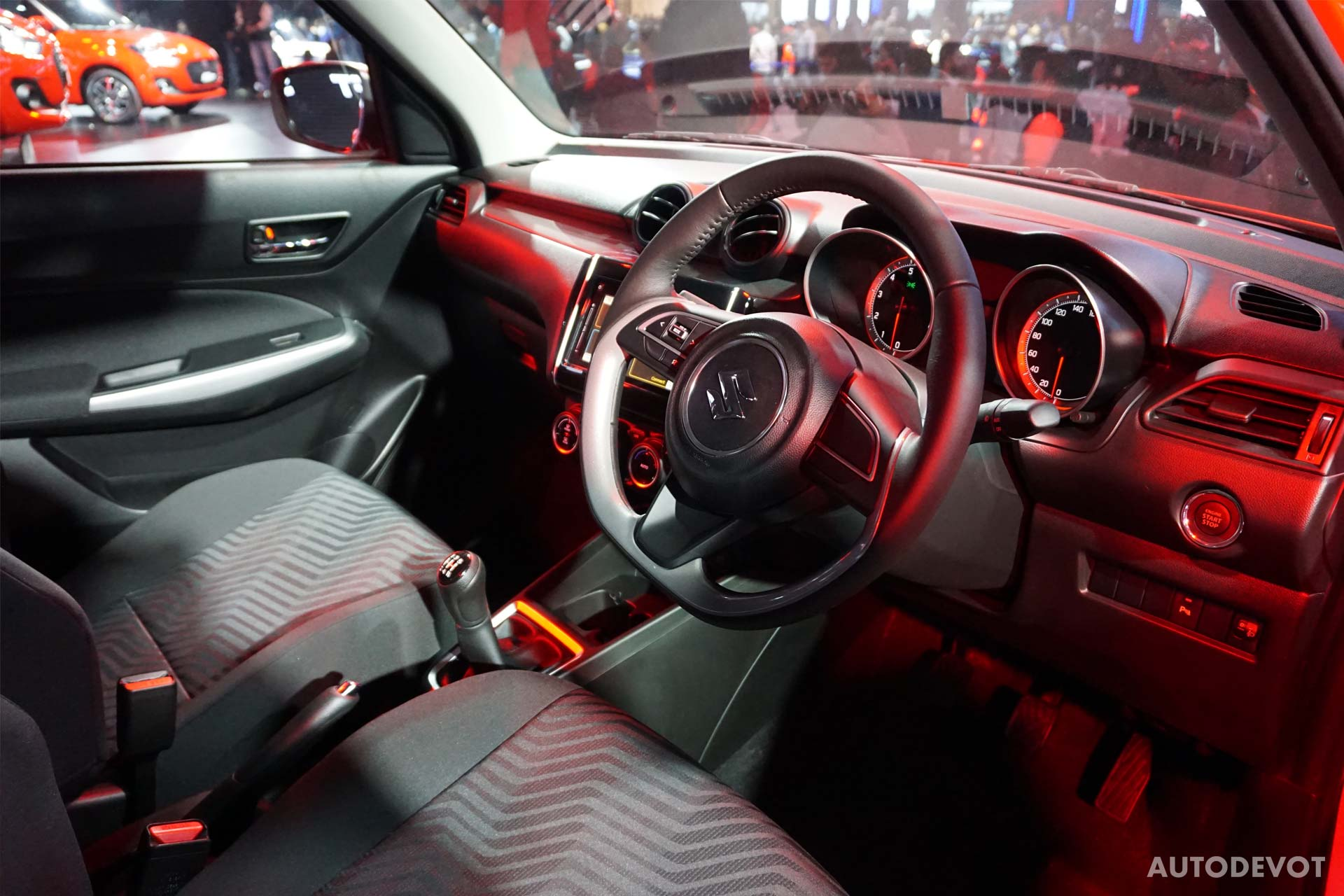 2018-Maruti-Suzuki-Swift-interior