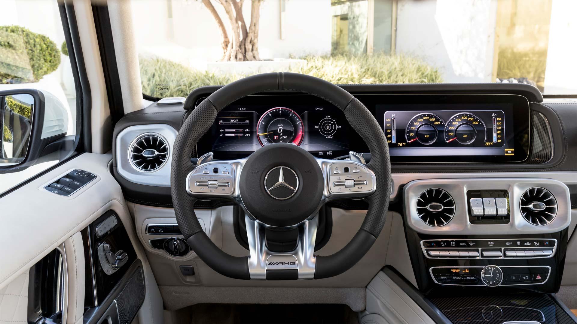 2018-Mercedes-AMG-G-63-Interior_2