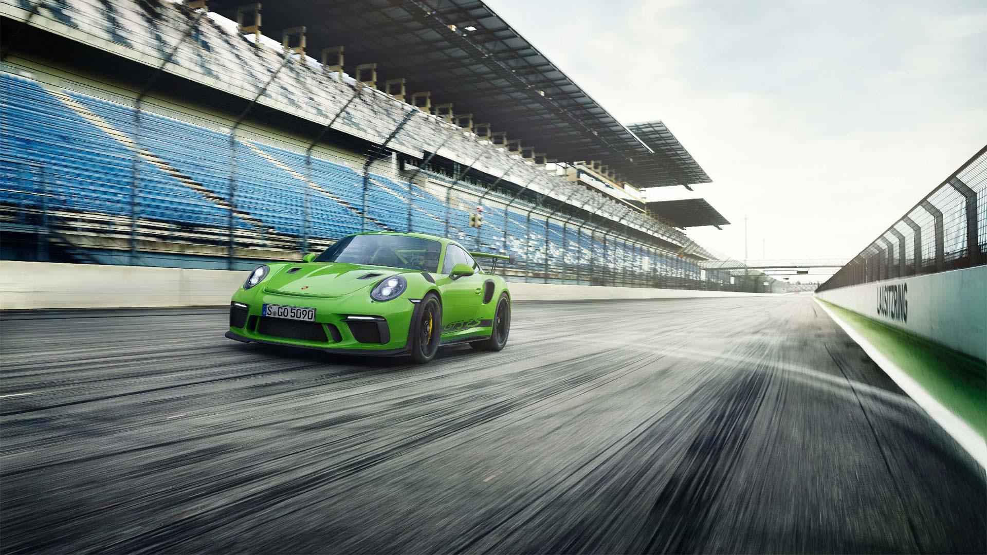 2018-Porsche-911-GT3-RS