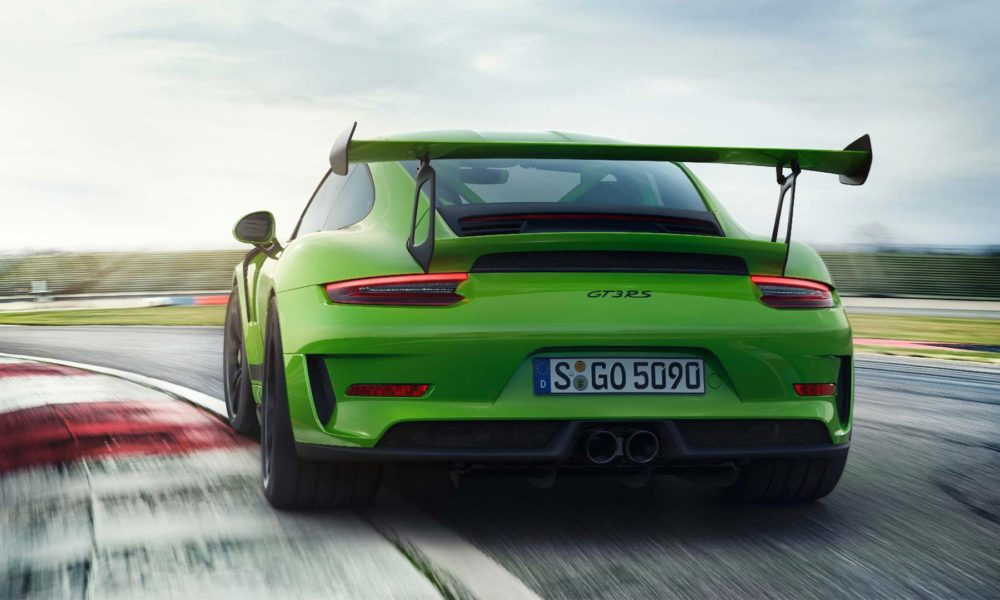 2018-Porsche-911-GT3-RS_3