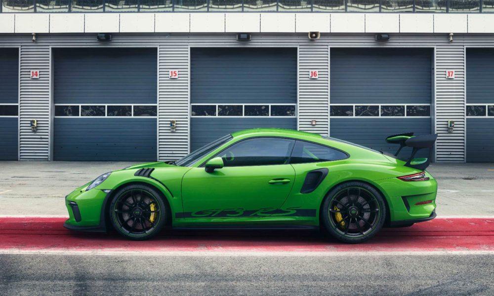 2018-Porsche-911-GT3-RS_6