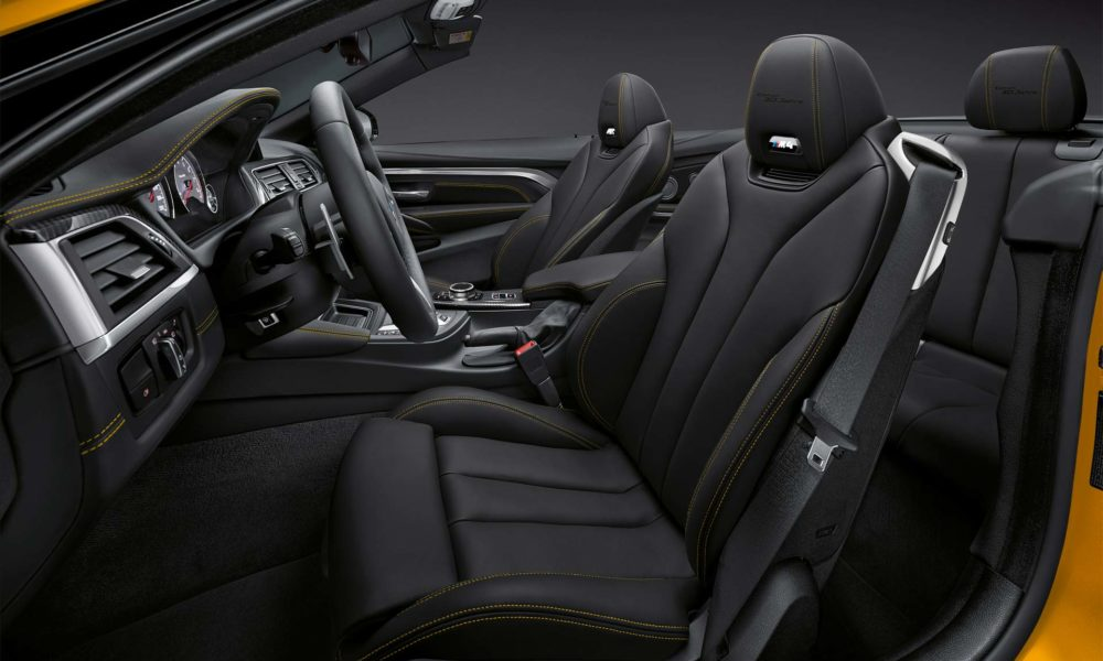 BMW-M4-Convertible-30-Jahre-Edition-Interior_3