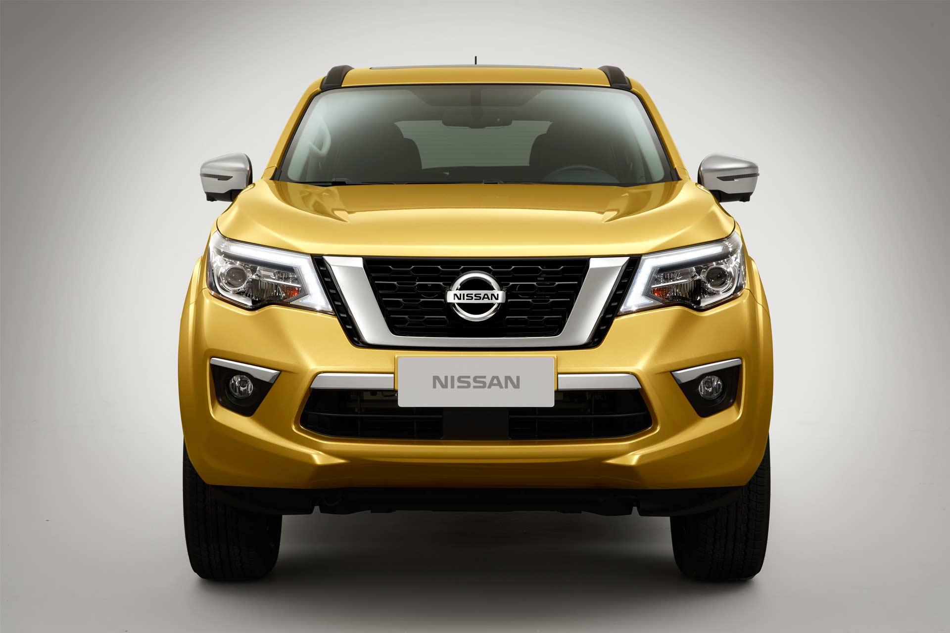 Nissan-Terra_2
