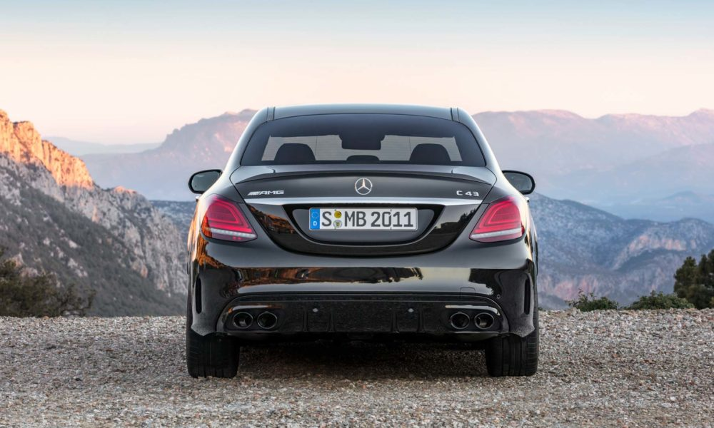 2018-Mercedes-AMG-C-43-4Matic_5