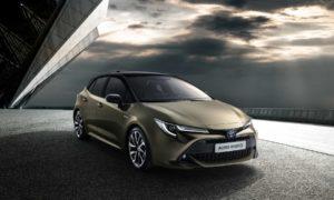 2018-Toyota-Auris-Hybrid