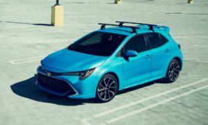 2019-Toyota-Corolla-Hatchback_2