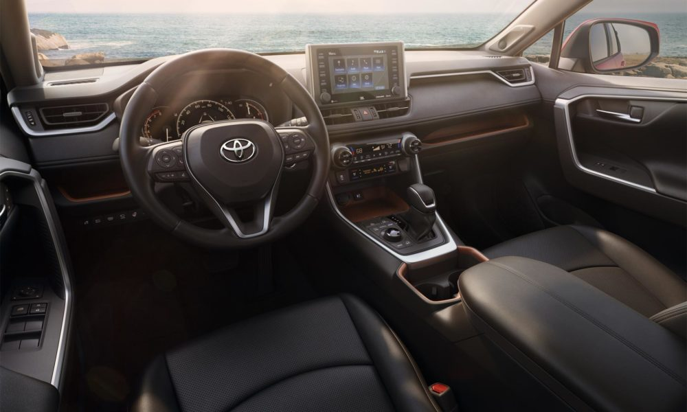 2019 toyota rav4 debuts in new york