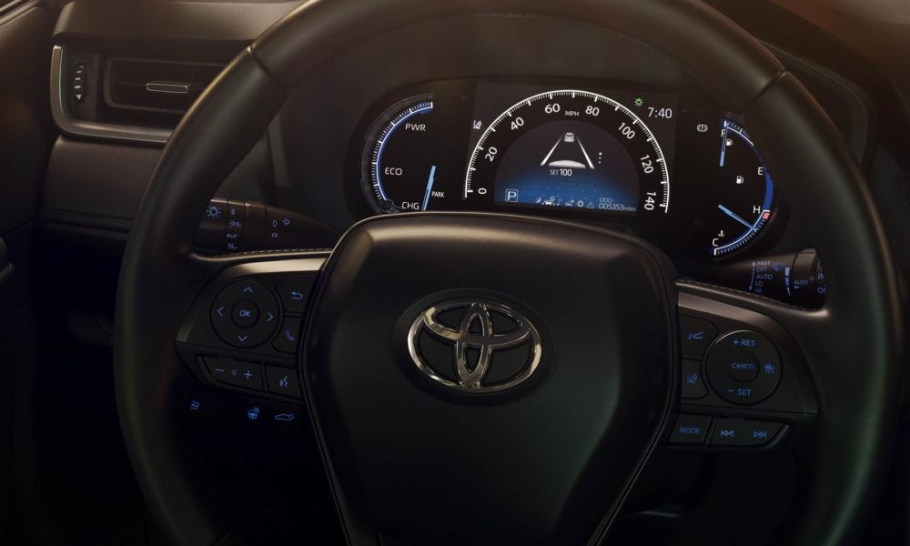 5th-generation-2019-Toyota-RAV4-interior_5
