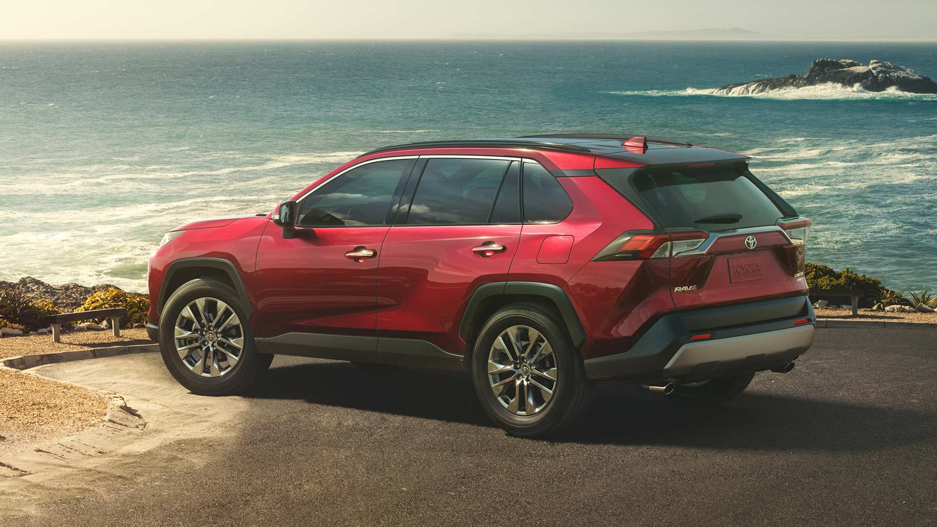 5th-generation-2019-Toyota-RAV4_2