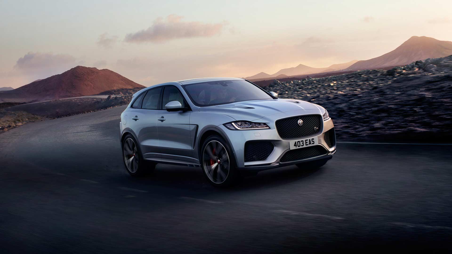 jaguar f pace svr gets a roaring 5 0 supercharged v8 autodevot. Black Bedroom Furniture Sets. Home Design Ideas