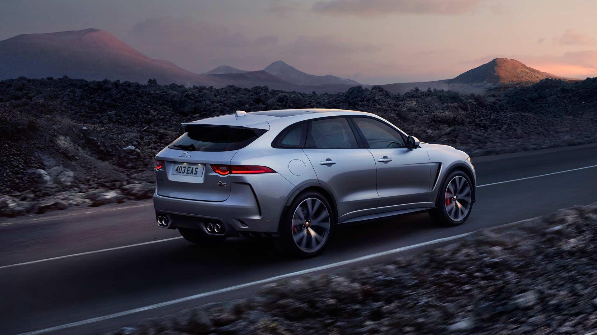 Jaguar-F-Pace-SVR_4