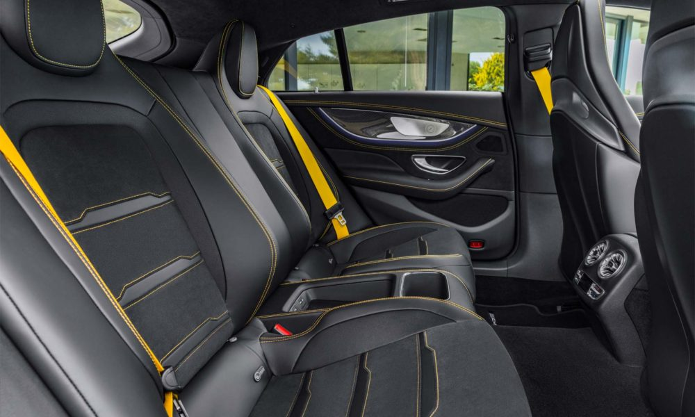 Mercedes-AMG-GT-4-Door-Coupe-Interior_5