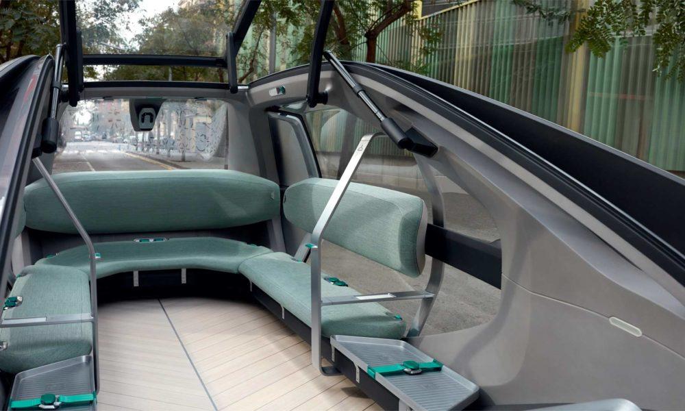 Renault-EZ-GO-Robo-Vehicle-interior
