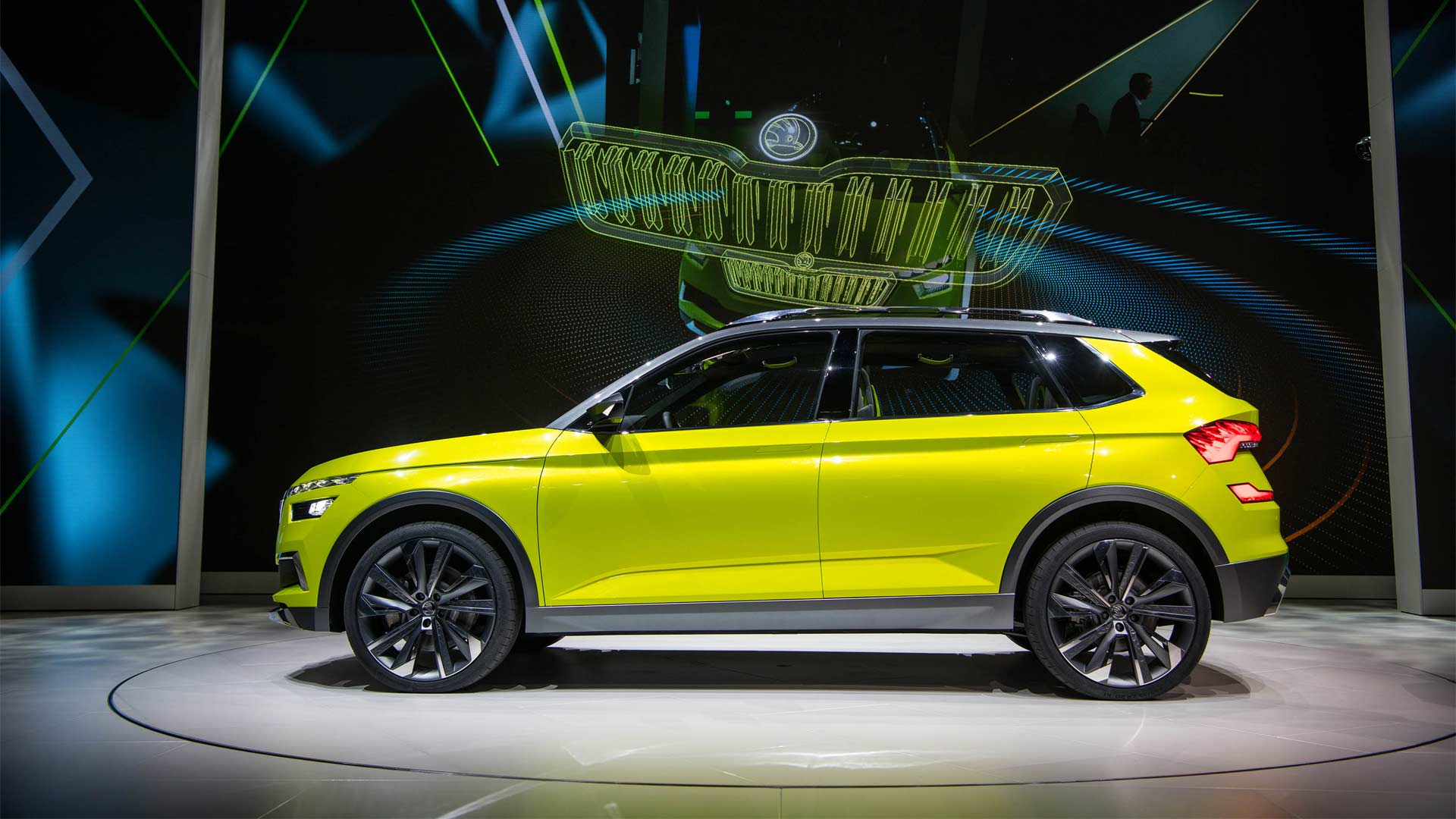 skoda vision x combines cng petrol and electric drive autodevot. Black Bedroom Furniture Sets. Home Design Ideas