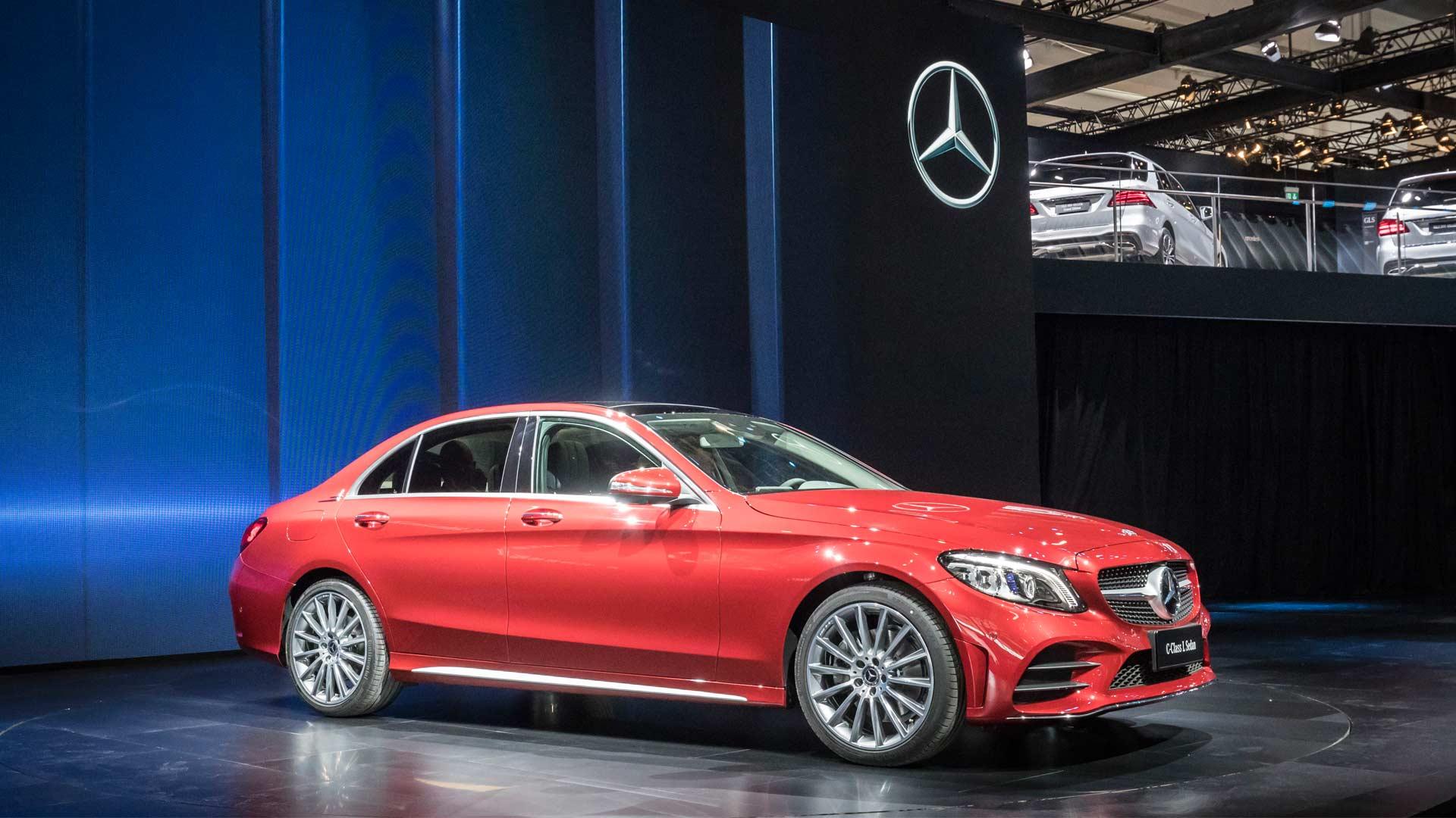 2018-Mercedes-Benz-C-Class-L-Sedan