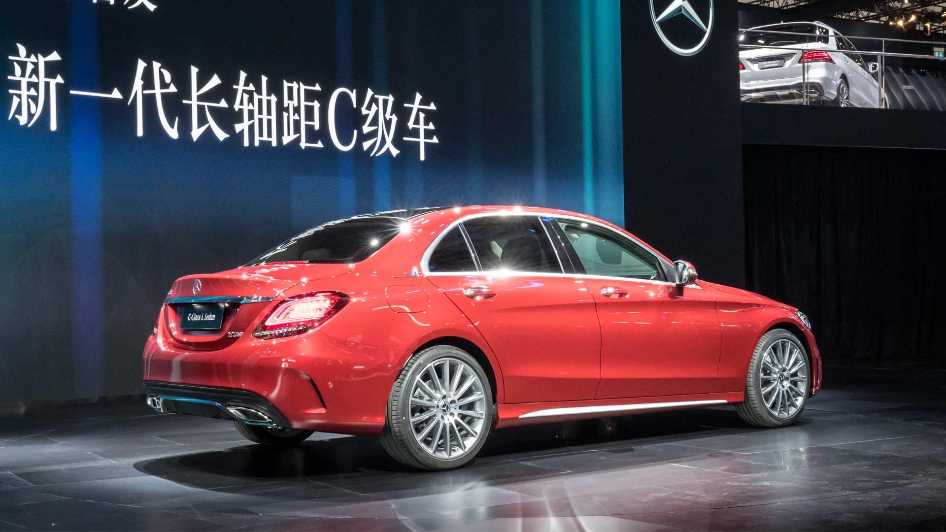 2018-Mercedes-Benz-C-Class-L-Sedan_2
