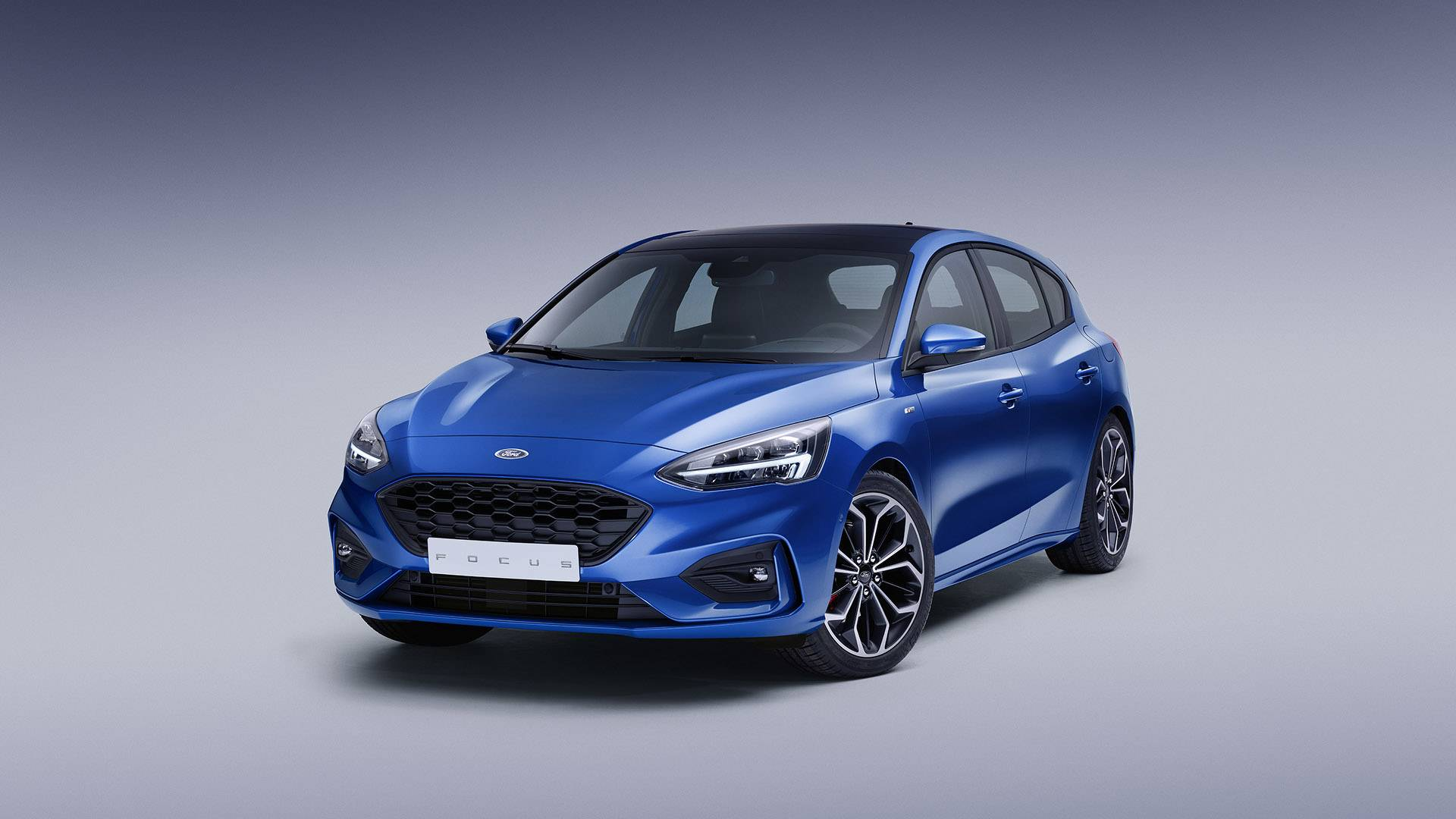 2019-4th-generation-Ford-Focus-ST-Line_2