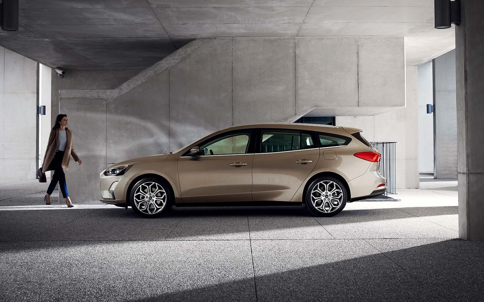 2019-4th-generation-Ford-Focus-estate